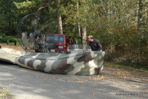 Hovercraft fly on/off trailer offloading